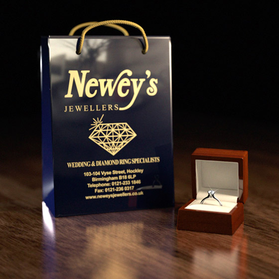 Neweys Jewellery Packaging