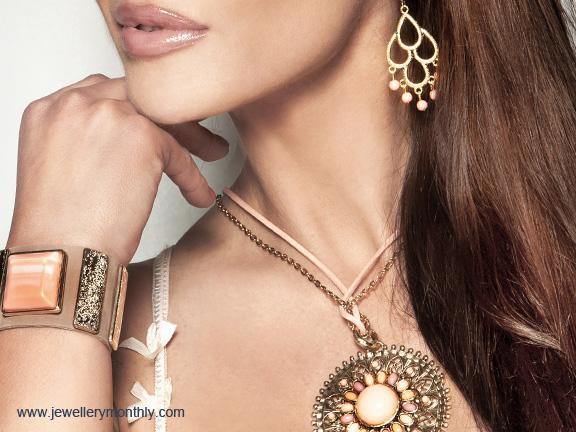 woman wearing casual jewellery