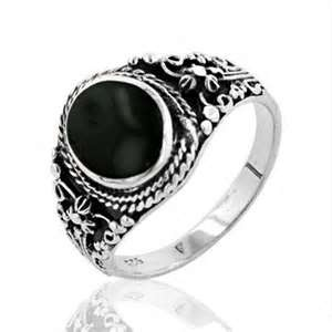 black-jewellery-diamond-ring