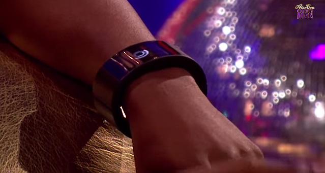 will.i.am-smart-watch