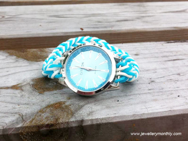 baby-blue-loom-band-watch