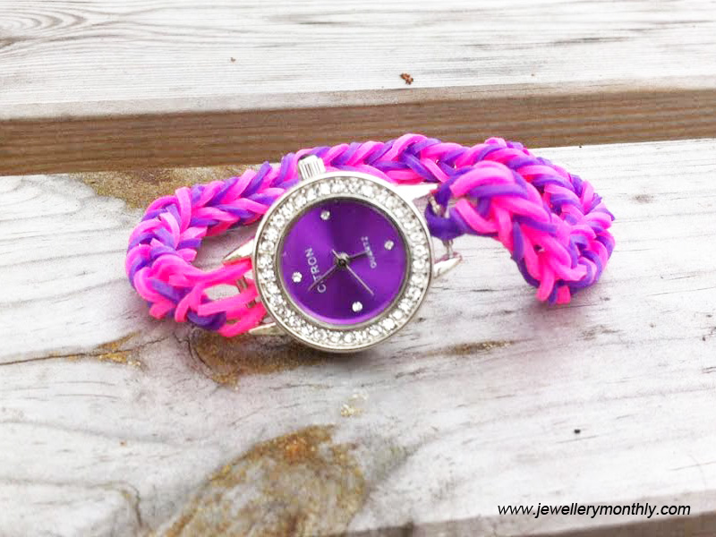 pink-loom-band-watch