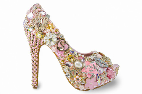 shoes with diamonds