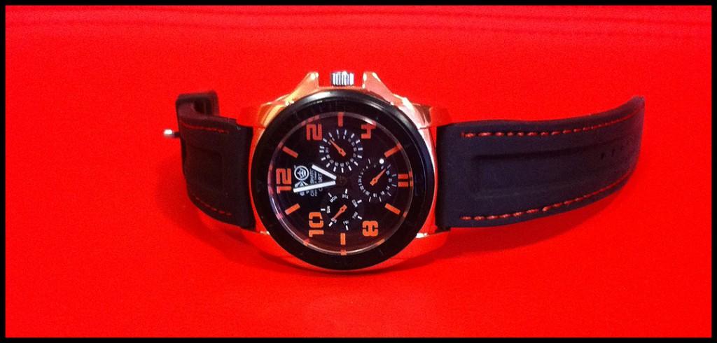 cross-hatch-watch-red