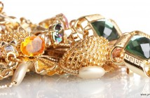 fake-jewellery