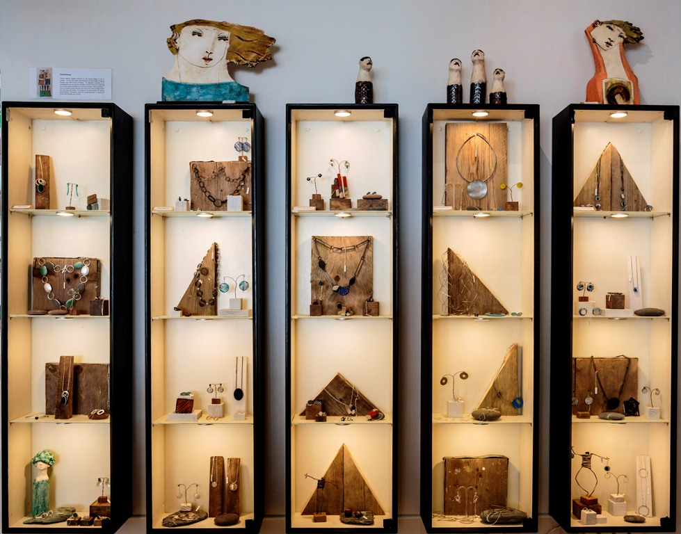 Artichoke Gallery jewellery cabinets 1 small file