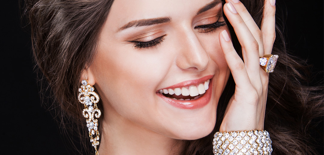 What influences shoppers to buy costume jewellery? - Jewellery & Watch Magazine | Jewellery news, jewellery fashion and trends, jewellery designer reviews, jewellery education, opinions | Wrist watch reviews - Jewellery Monthly