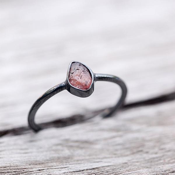 Mahenge Garnet Black Ring