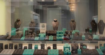Shining Diamonds Launches Store in London