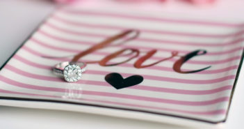 Your Guide to Choosing an Engagement Ring
